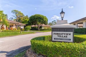 527 Forestview Drive Atlantis FL 33462