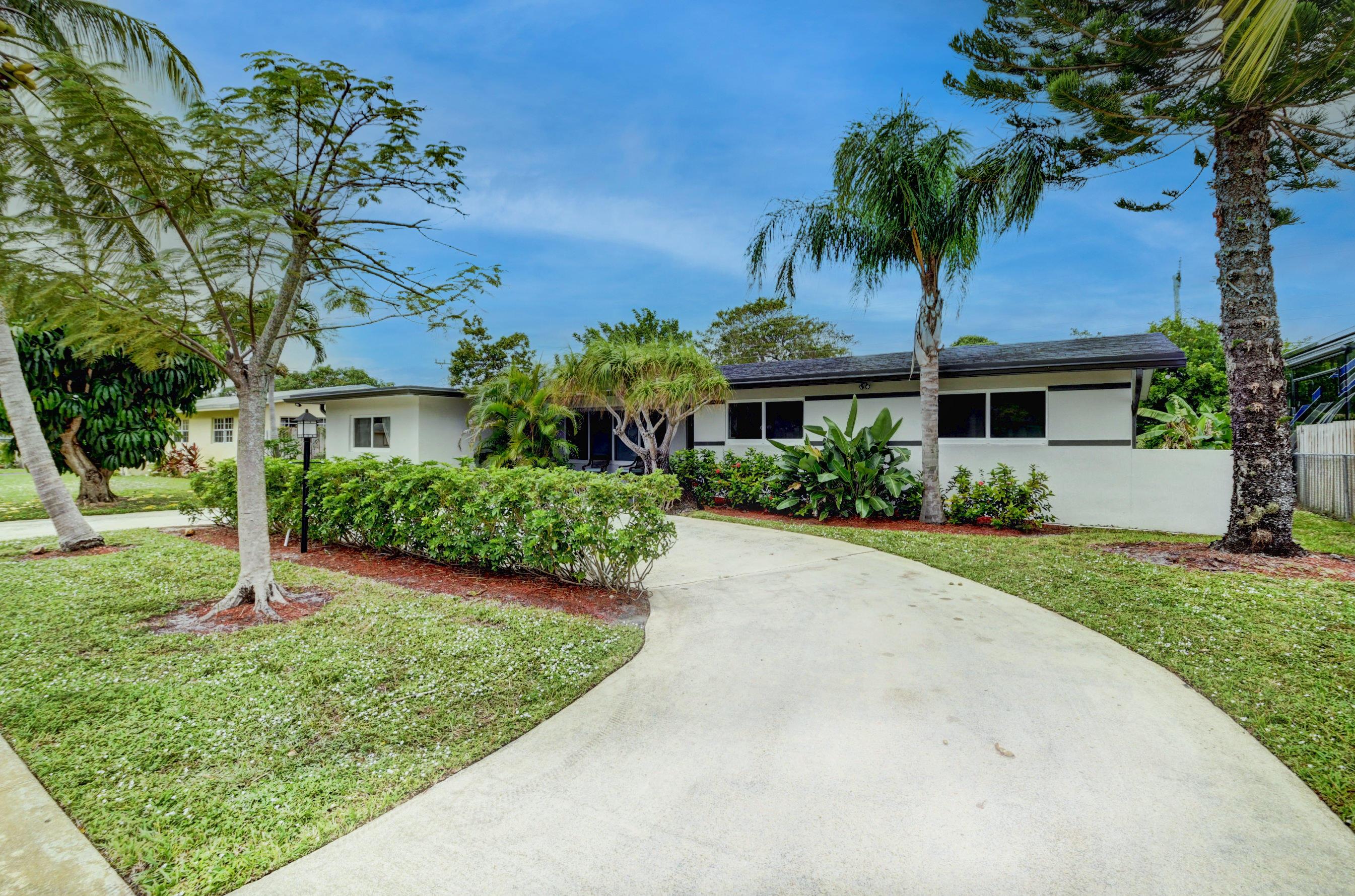 1225 Nw Street Boca Raton, FL 33486