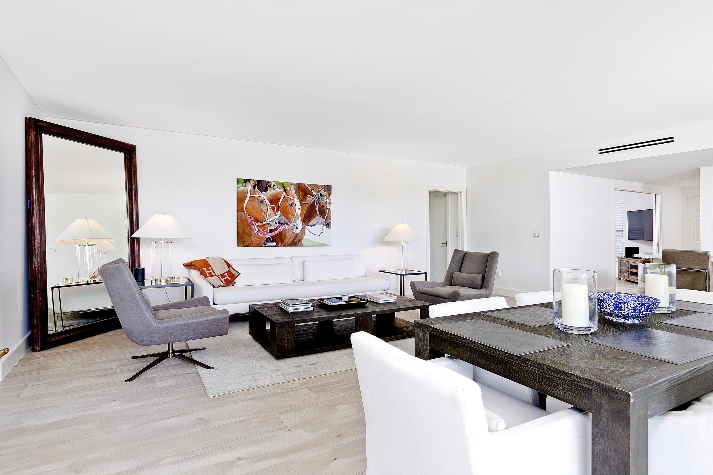 14_Livingroom_Dining_1