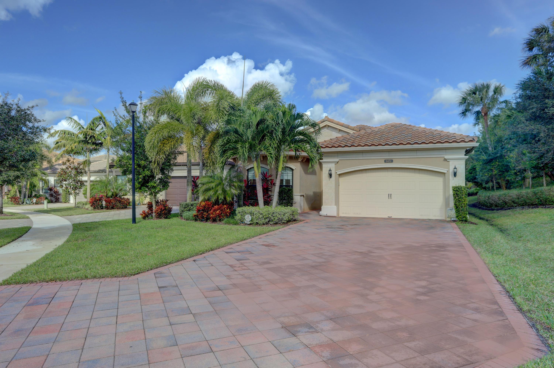 9451  Eden Roc Court  For Sale 10711318, FL