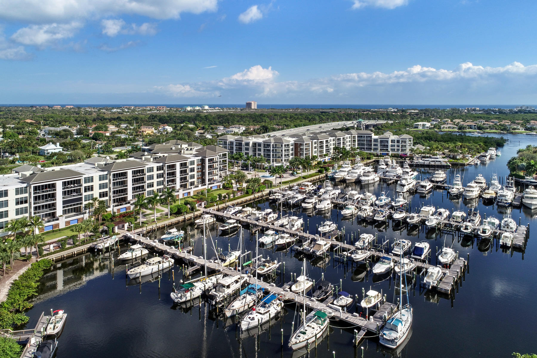 2700  Donald Ross Road 302 For Sale 10682355, FL