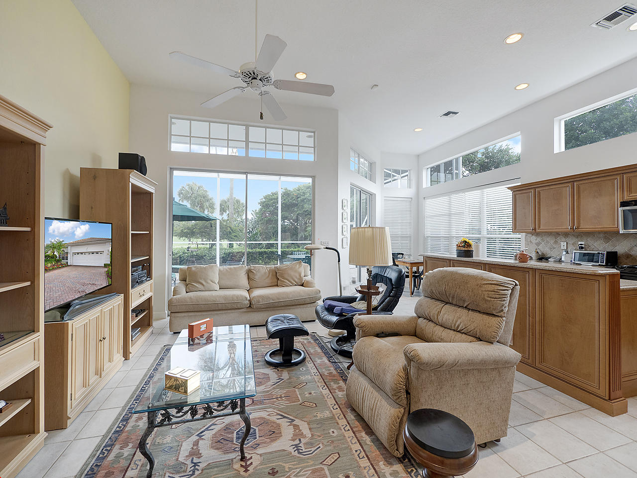 Image 4 For 137 Coral Cay Drive