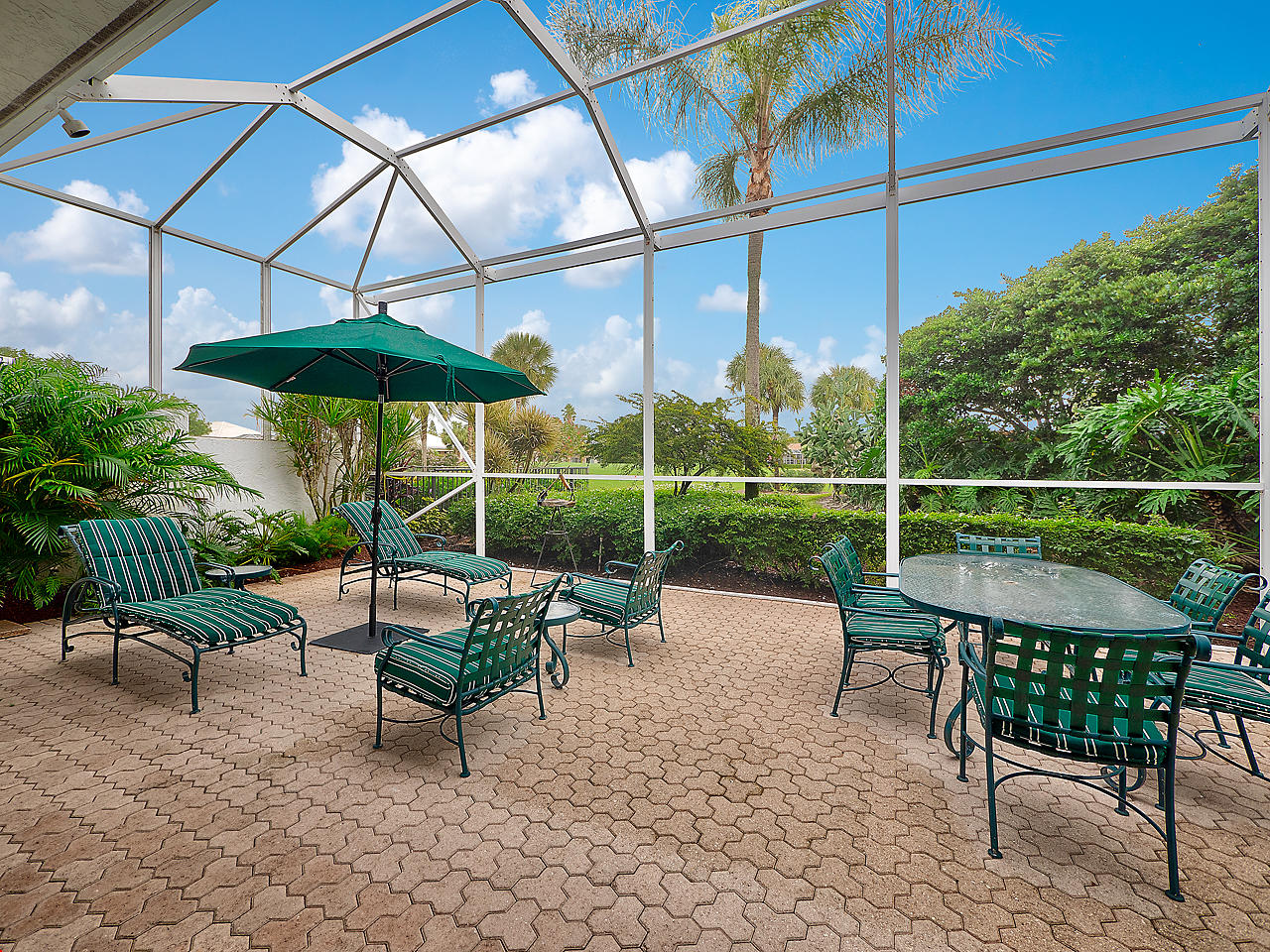 Image 12 For 137 Coral Cay Drive