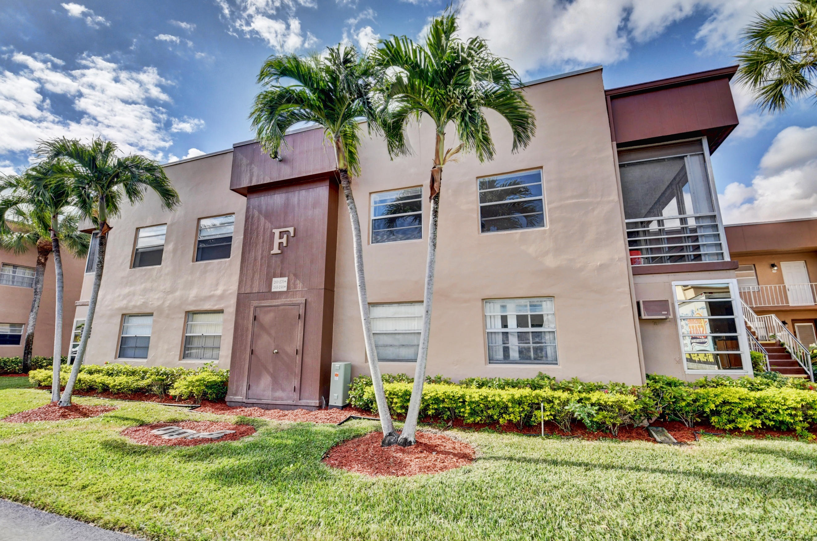 269 Burgundy F, Delray Beach, Florida 33484, 2 Bedrooms Bedrooms, ,2 BathroomsBathrooms,Rental,For Rent,Burgundy F,RX-10680236