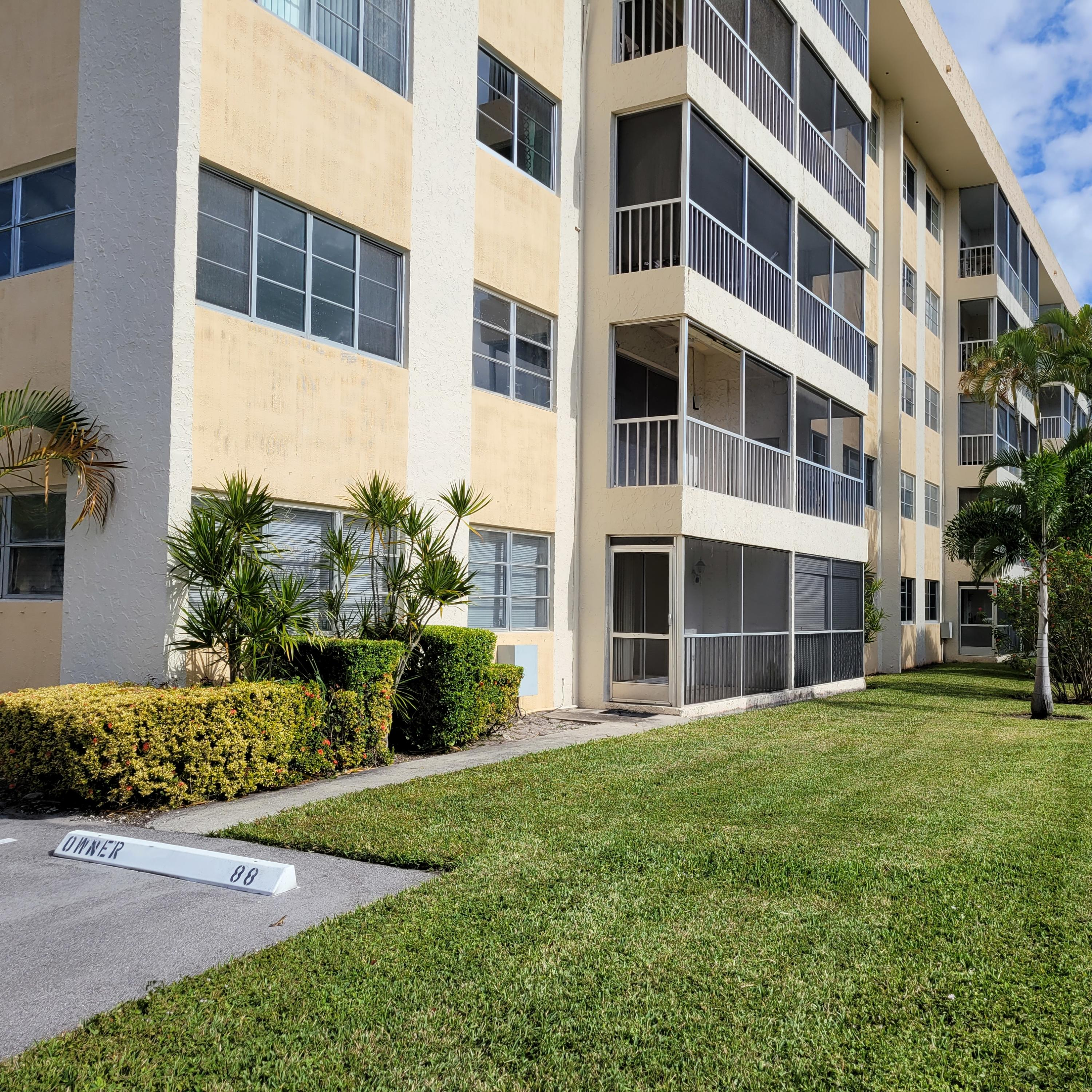 55 SW 2nd Avenue 1020 For Sale 10680196, FL