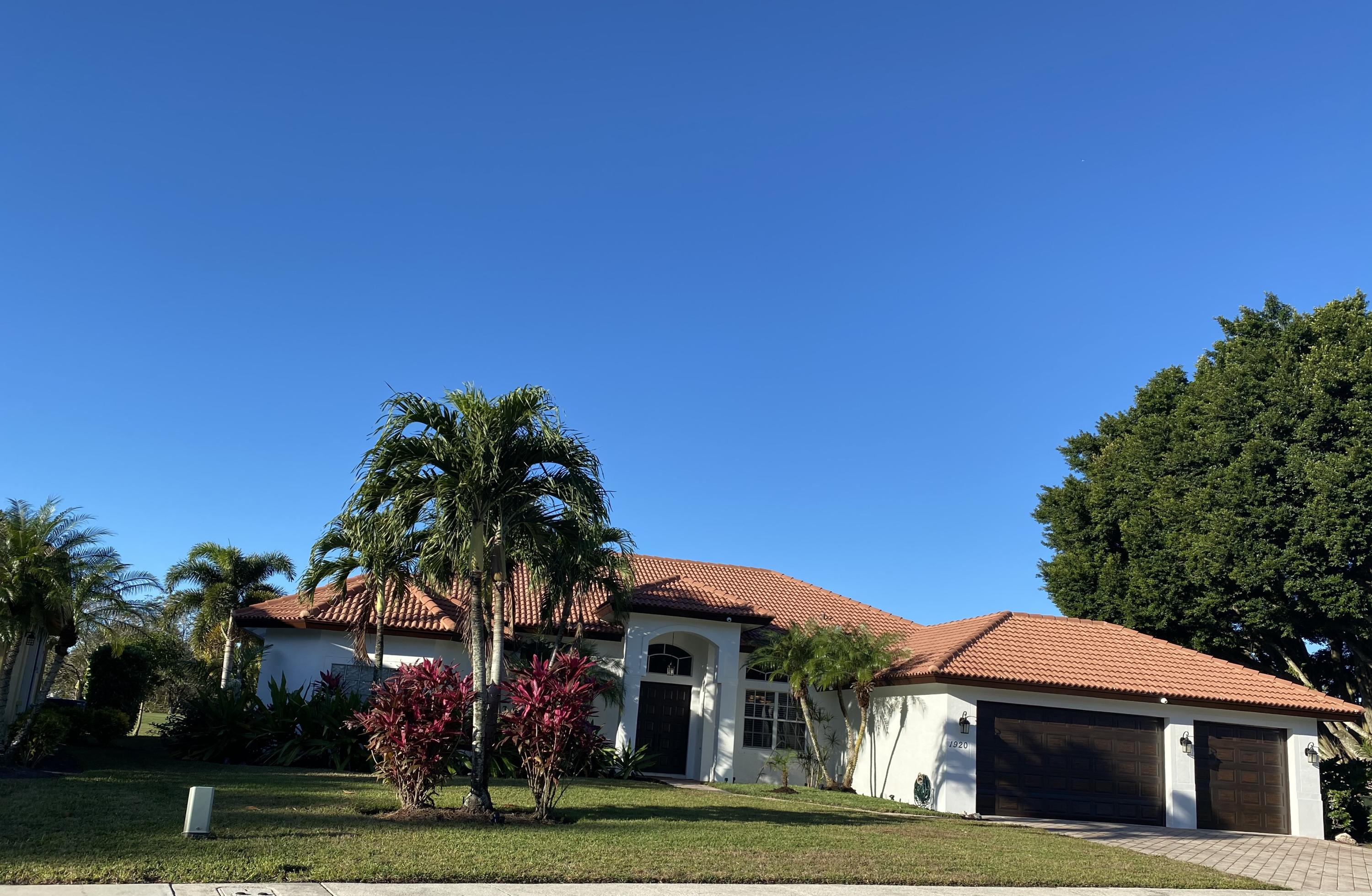Wellington, Florida 33414, 5 Bedrooms Bedrooms, ,3 BathroomsBathrooms,Rental,For Rent,Club,RX-10674447