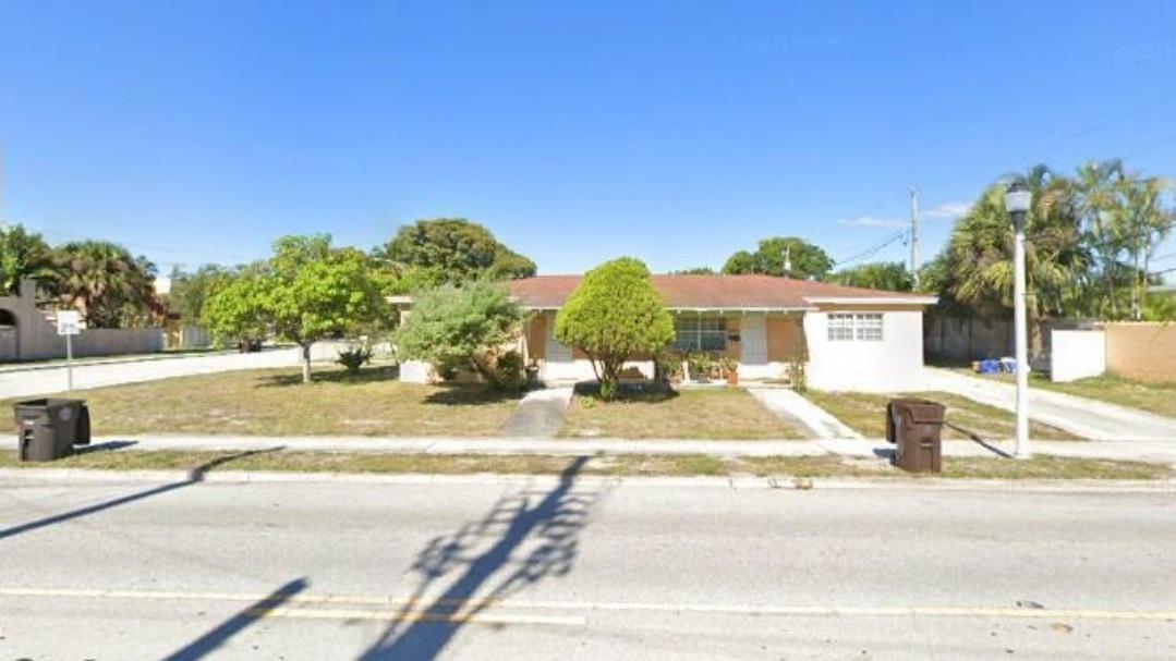 Listing Details for 2741 Parker Avenue, West Palm Beach, FL 33405
