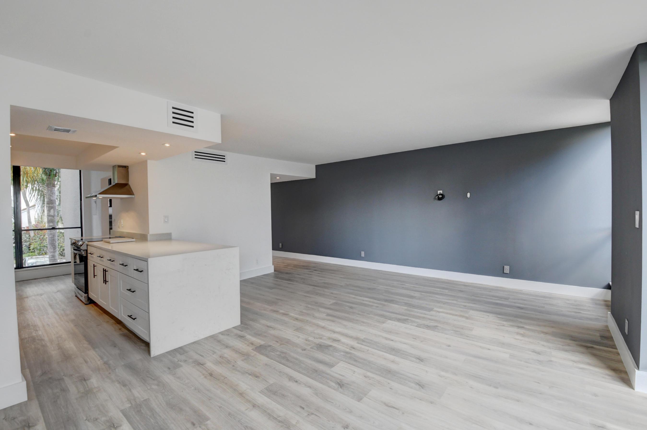 1107  Bridgewood Place  For Sale 10680916, FL