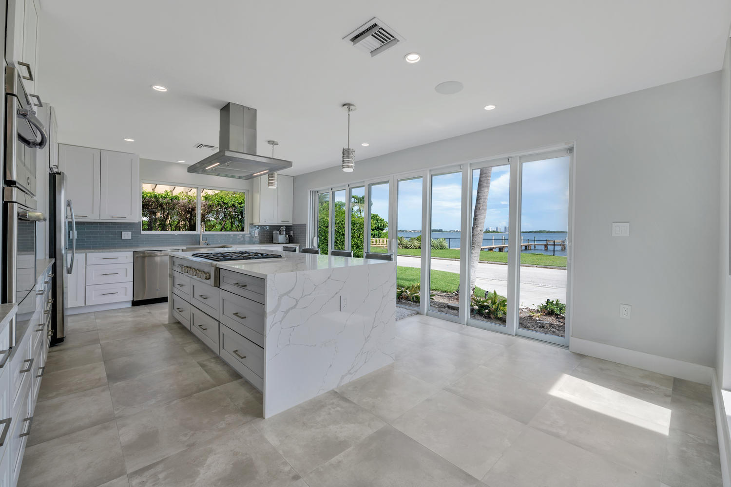 1041 Pine Point Rd West Palm-large-001-0