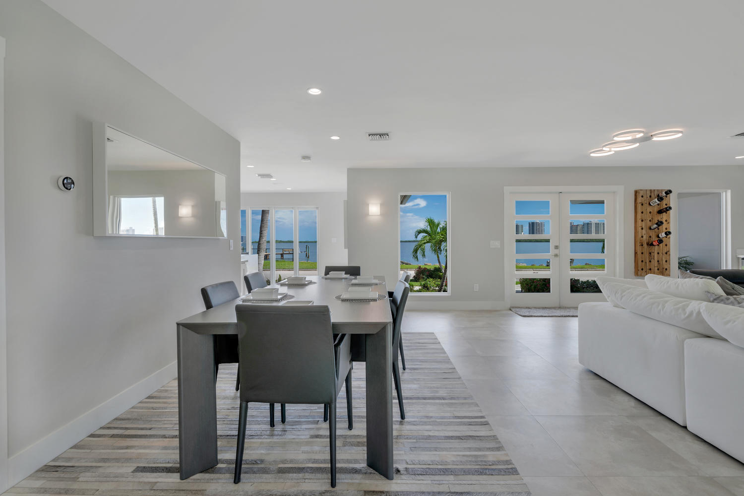 1041 Pine Point Rd West Palm-large-009-0