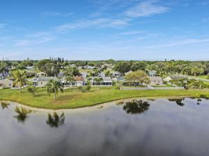 9038 Woodlark Terrace Boynton Beach FL 33472