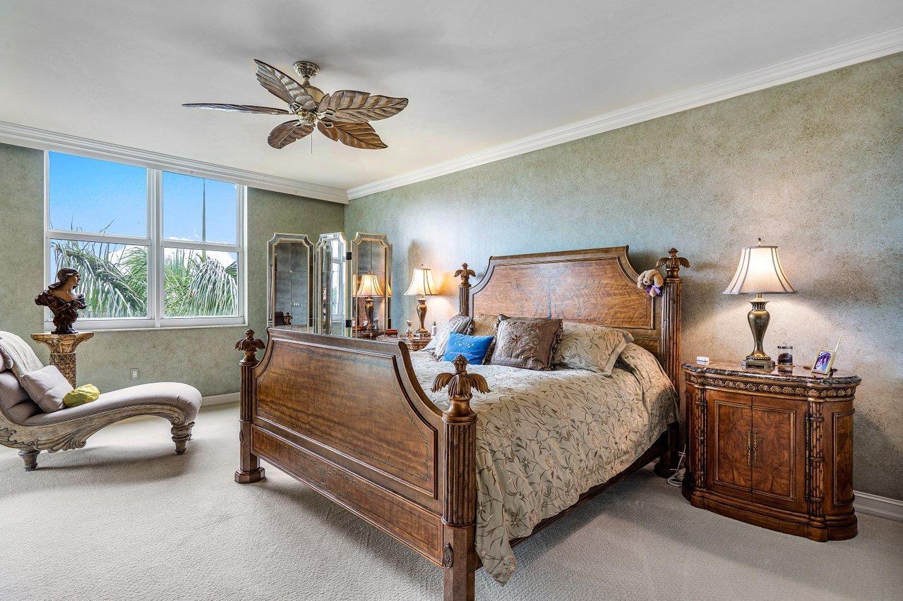 550 Mizner Boulevard, Boca Raton, Florida 33432, 2 Bedrooms Bedrooms, ,3 BathroomsBathrooms,Residential,For Sale,Mizner,RX-10681091