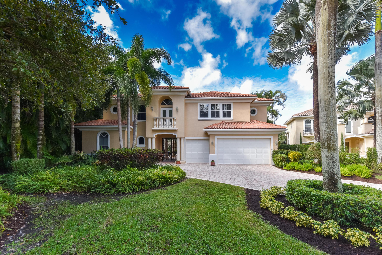 8935  Oakland Hills Drive  For Sale 10683023, FL