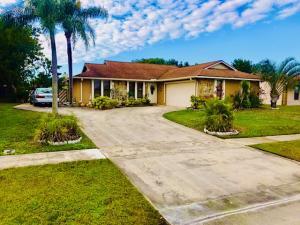262 La Mancha Avenue, Royal Palm Beach, FL 33411