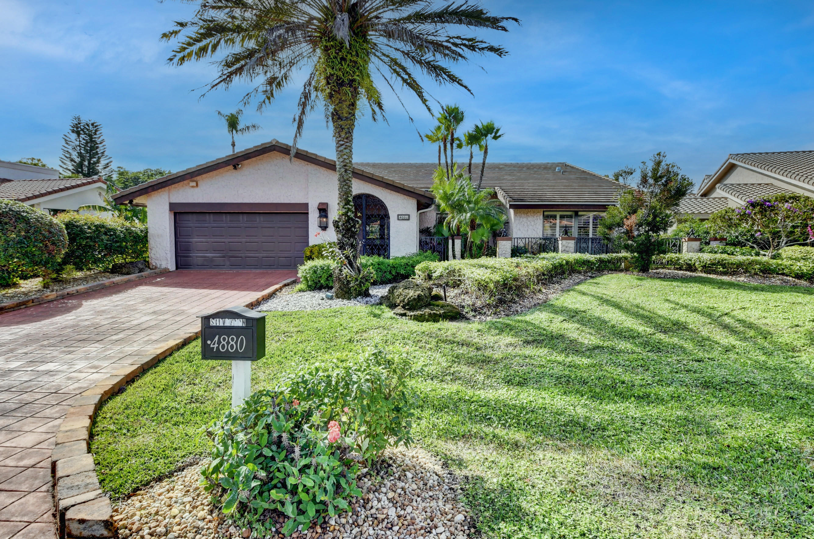 Photo of 4880 Pineview Circle, Delray Beach, FL 33445