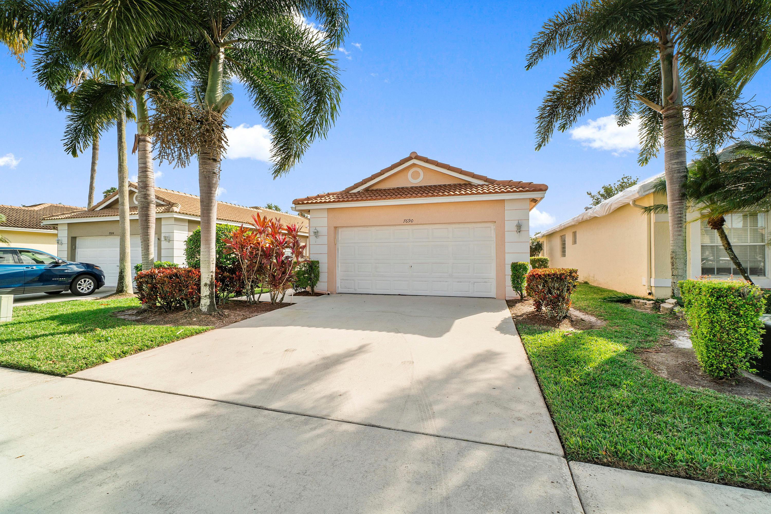 7690  Cherry Blossom Way  For Sale 10683159, FL
