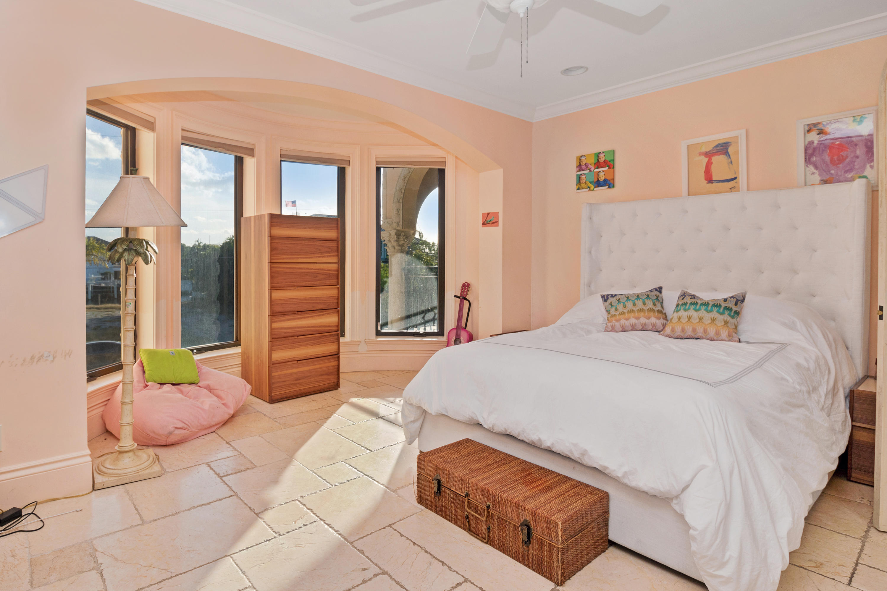 Image 81 For 1011 Rhodes Villa Avenue