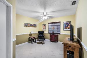 18104 105th Avenue Boca Raton FL 33498