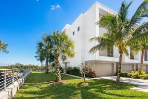 4240 Nw 17th Avenue Boca Raton FL 33431