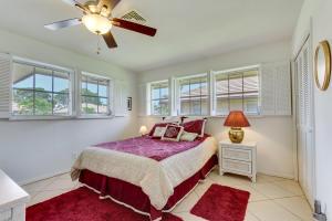 320 S Villa Drive Atlantis FL 33462
