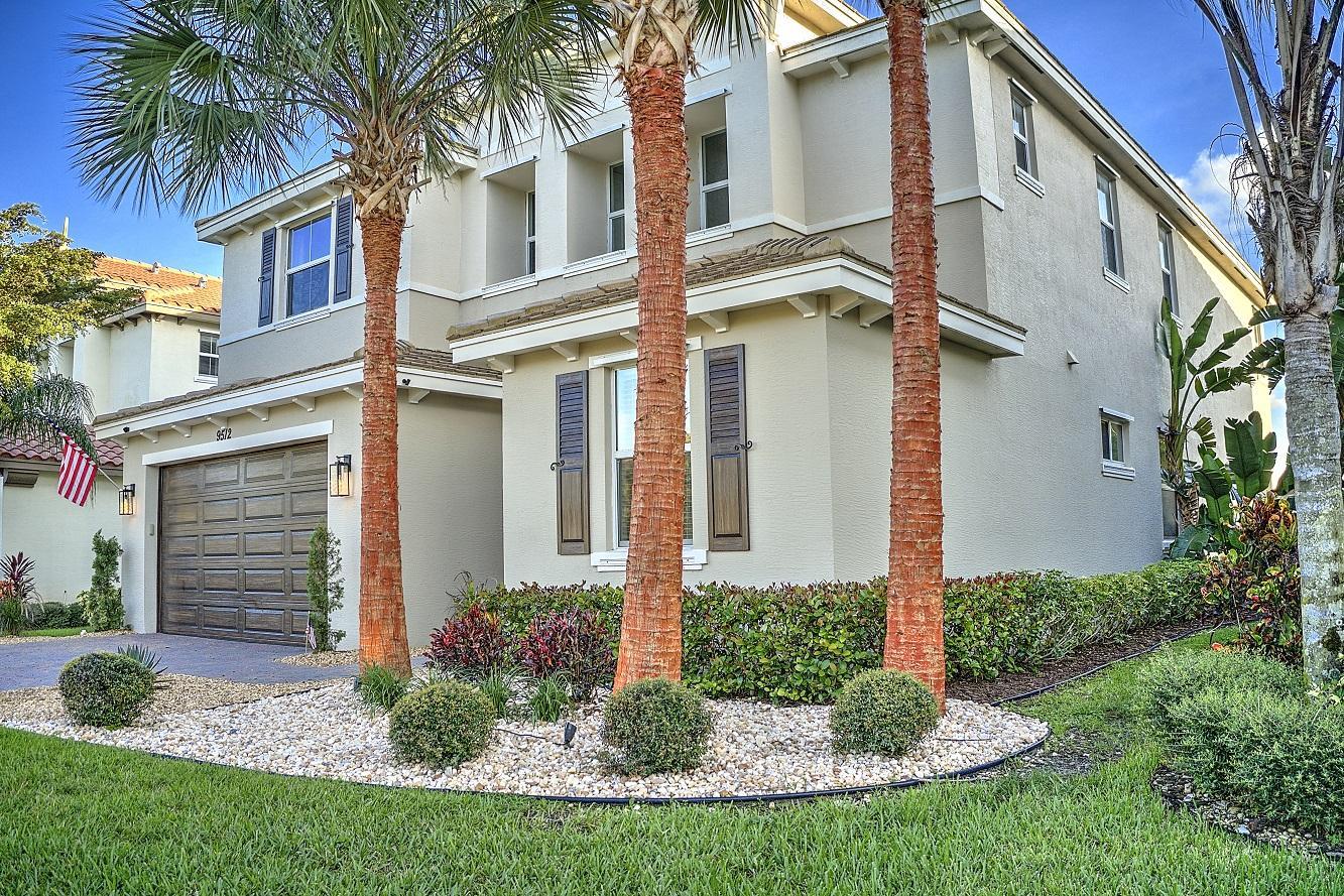 9512  Phipps Lane  For Sale 10683060, FL
