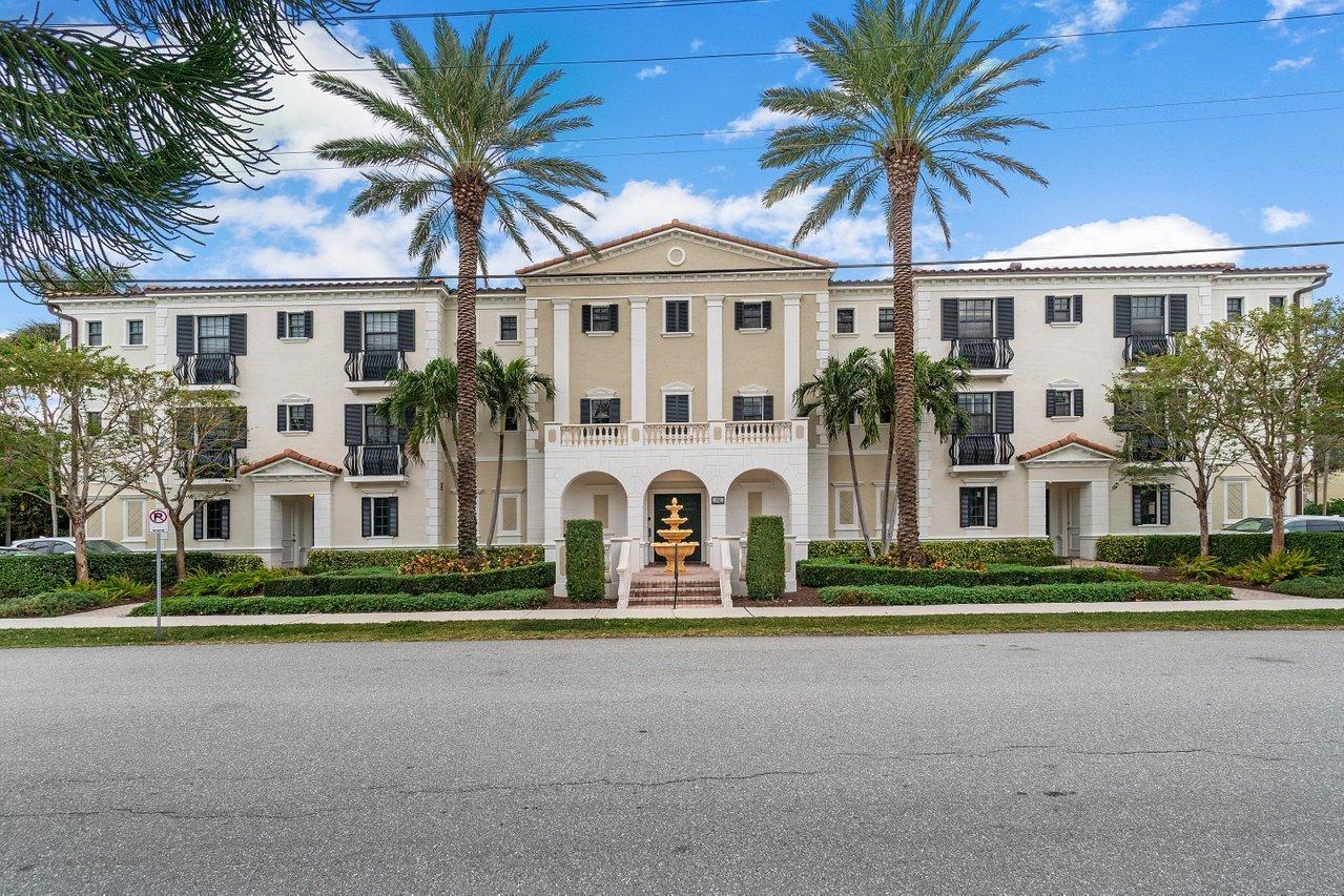 110  Gleason Street 201 For Sale 10681822, FL