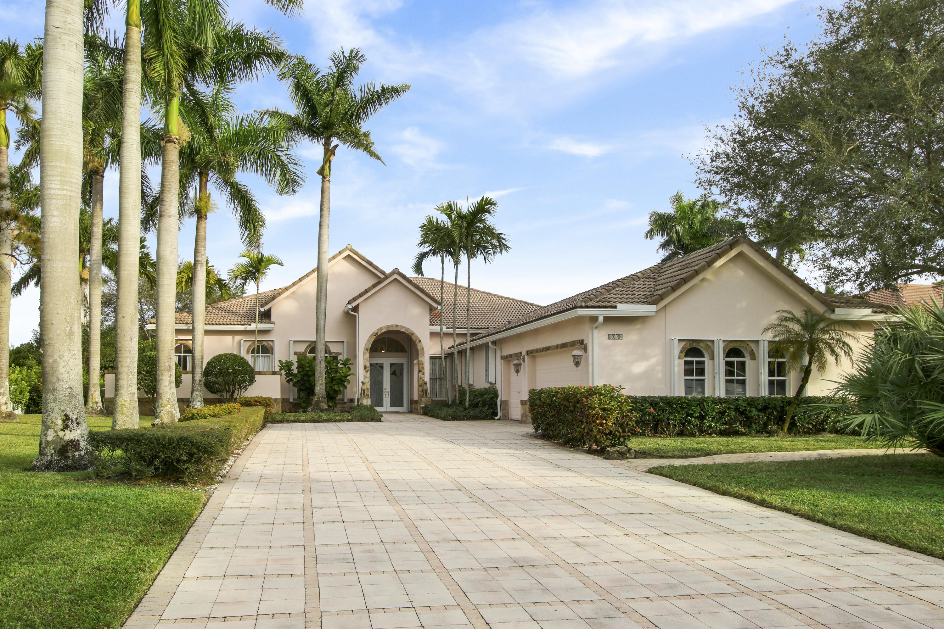 Details for 8188 Lakeview Drive, West Palm Beach, FL 33412