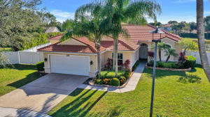 5329 Oakmont Village Circle, Lake Worth, FL 33463