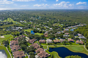 8930 SE Eaglewood Way, Hobe Sound, FL 33455