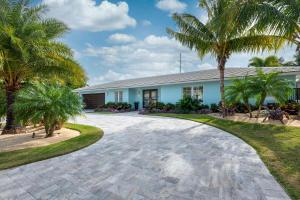 1041 Gulfstream Way, Riviera Beach, FL 33404