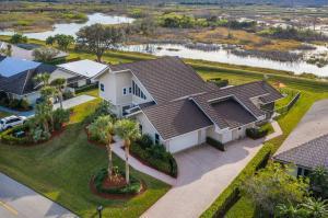 33 Dunbar Road, Palm Beach Gardens, FL 33418