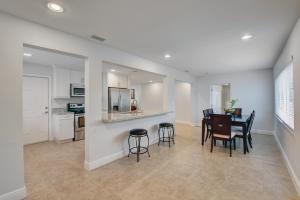2208 Sw 19th Avenue Boynton Beach FL 33426