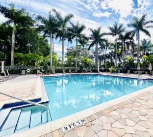 8504 Via D Oro Boca Raton FL 33433