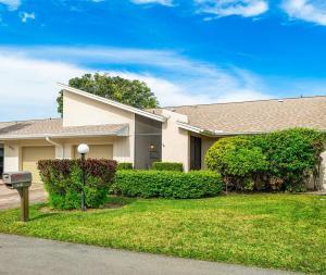 6991 Lupin Lane, Lake Worth, FL 33467