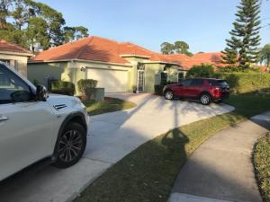 Look at that driveway!