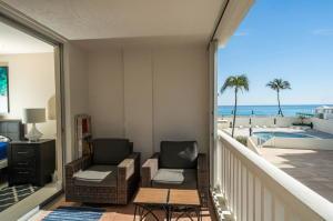 3570 S Ocean Boulevard, 305, South Palm Beach, FL 33480