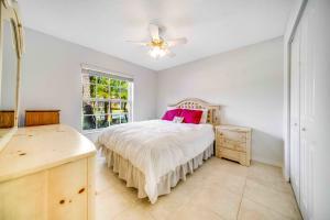 8380 Logia Circle Boynton Beach FL 33472