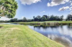 17810 Deauville Lane Boca Raton FL 33496