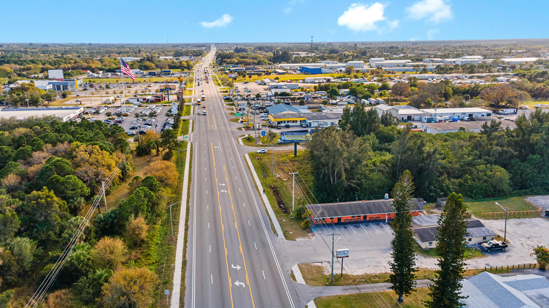 3315 Us Highway 1 Highway, Fort Pierce, Florida 34982, ,4 BathroomsBathrooms,Commercial industrial,For Sale,Us Highway 1,RX-10688605