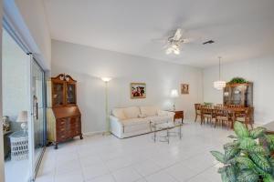 2735 Quaking Leaf Lane Boynton Beach FL 33436