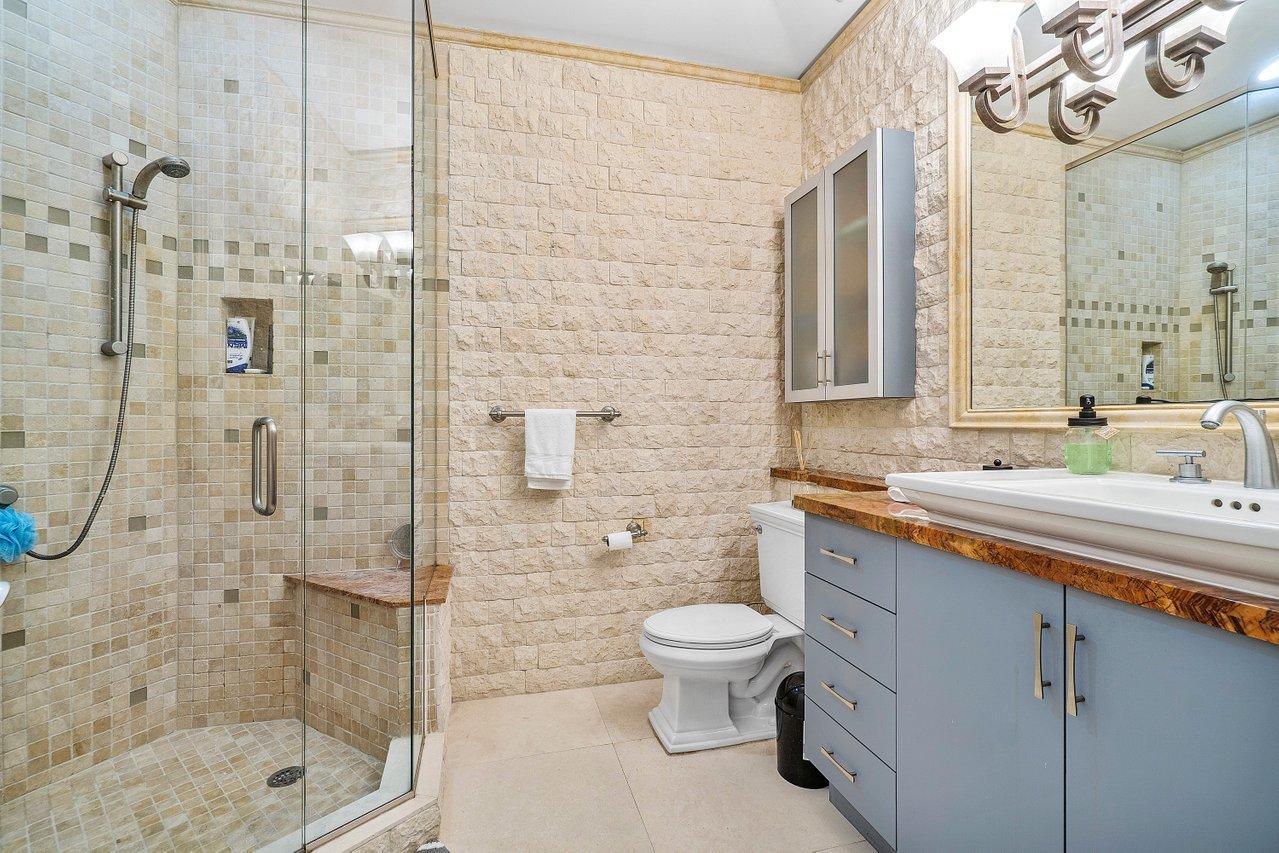 Wellington, Florida 33414, 3 Bedrooms Bedrooms, ,5 BathroomsBathrooms,Residential,For Sale,Olde Hampton,RX-10688999