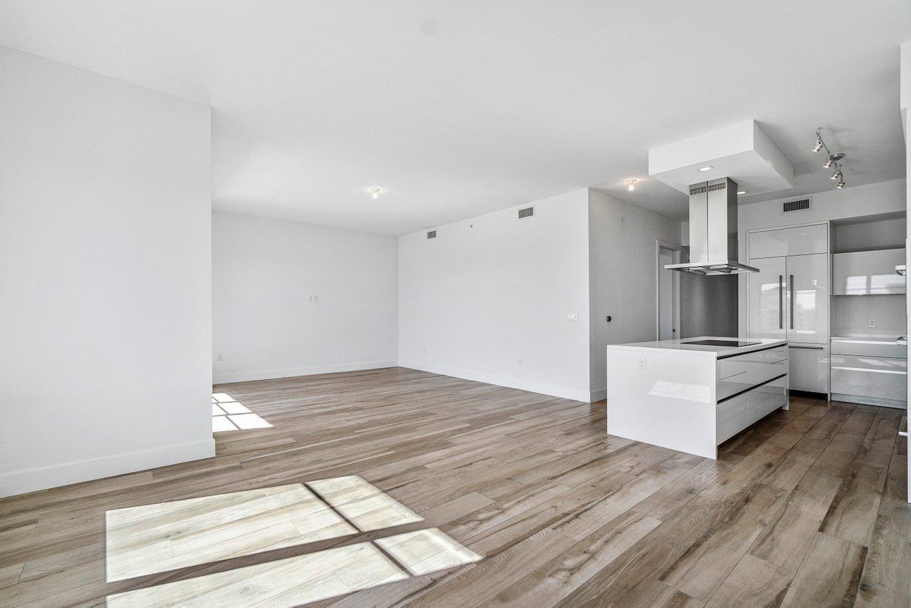 Main Living Area & Kitchen