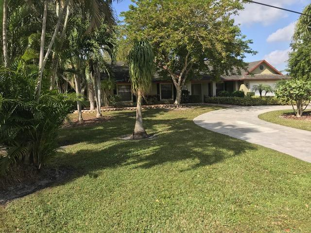 935  Whippoorwill Row  For Sale 10689118, FL