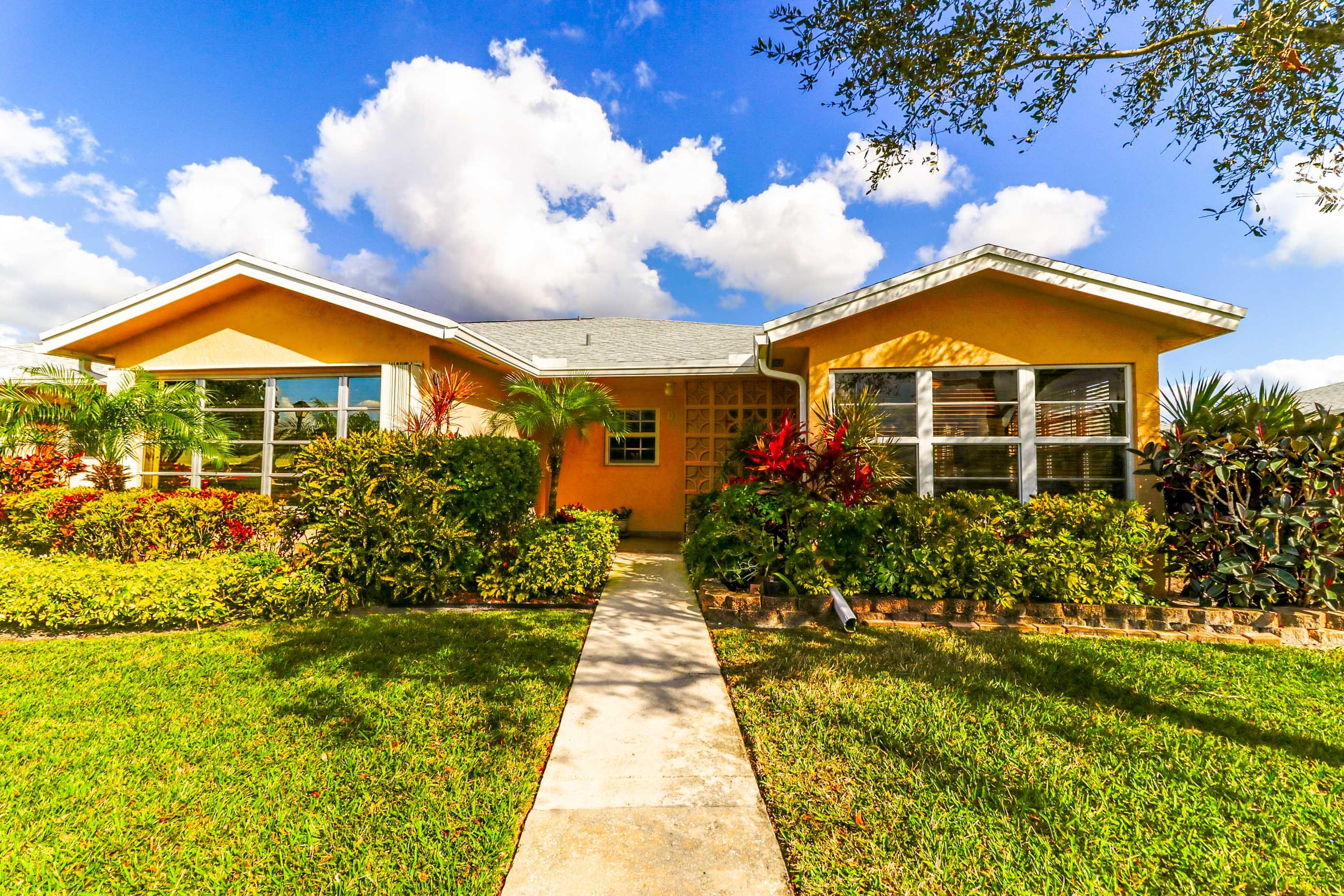 14619  Canalview Drive D For Sale 10689406, FL