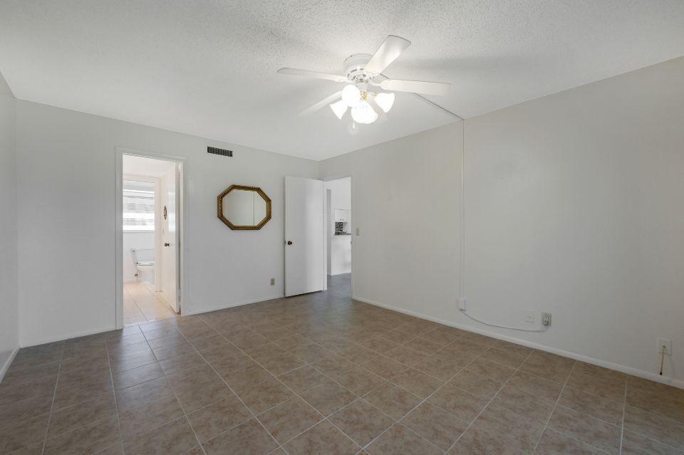 12022 W Greenway Drive 102 Royal Palm Beach, FL 33411 photo 9