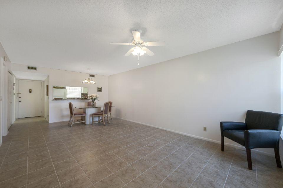 12022 W Greenway Drive 102 Royal Palm Beach, FL 33411 photo 4