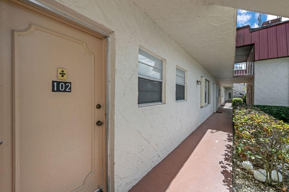 12022 W Greenway Drive 102 Royal Palm Beach, FL 33411 photo 23