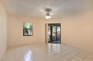 10947 Water Oak Manor Boca Raton FL 33498