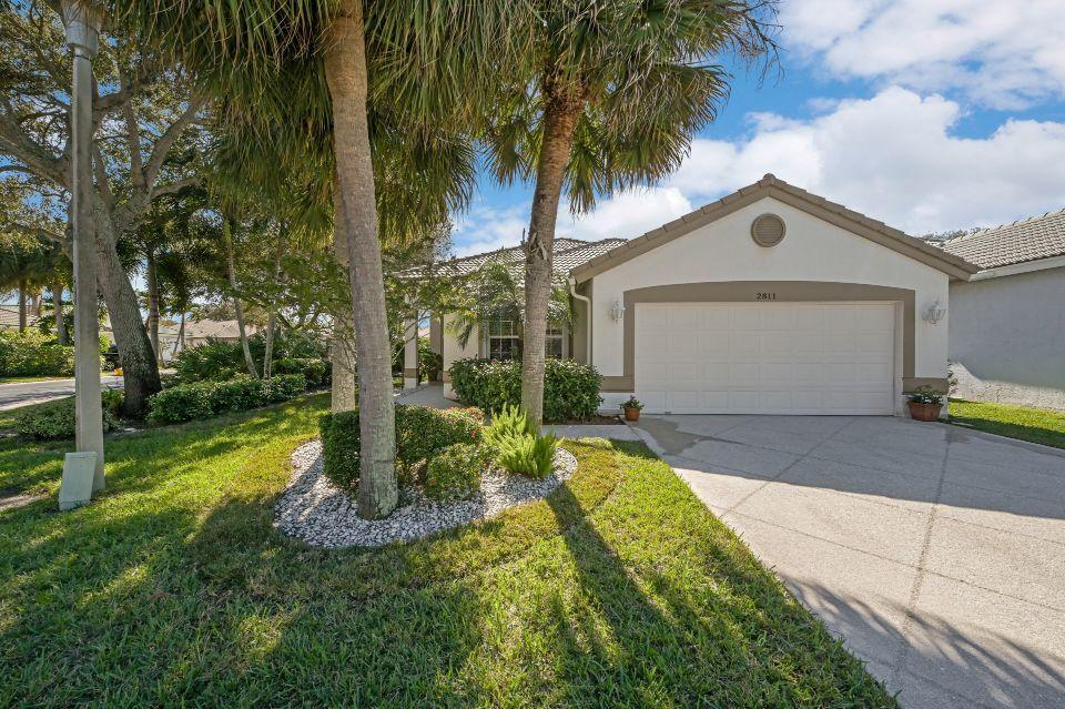 2811 Waters Edge Circle Greenacres, FL 33413 photo 1