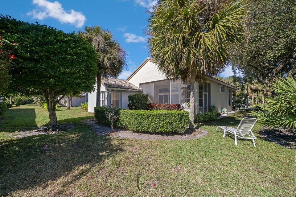 2811 Waters Edge Circle Greenacres, FL 33413 photo 20